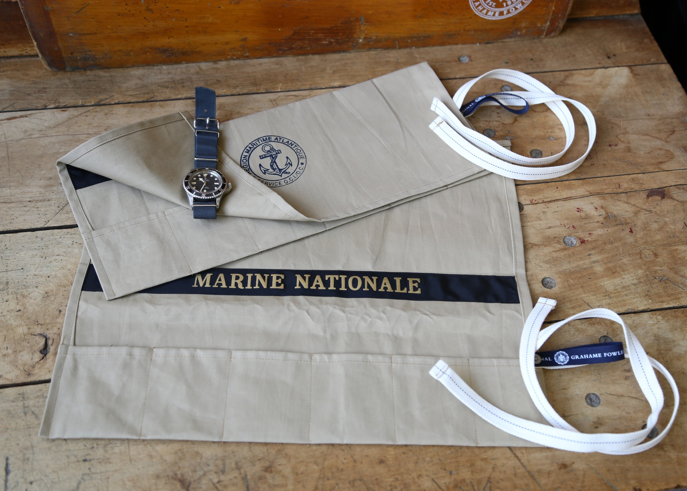 Khaki Marine Nationale Watch Roll nyc